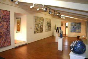 Galerie De Pronkkoamer Saaxumhuizen