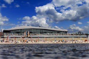 Strandpaviljoen en restaurant Beachclub Lemmer