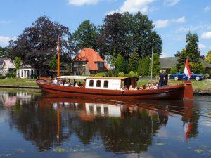Rondvaarboot Snikke Johannes Veldkamp Drenthe