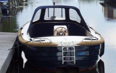 Beleef het water met botenverhuur Heerenzijl in Friesland
