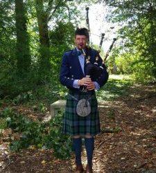 Beleef de Drentse Highlands met MacKay Bagpipe Services
